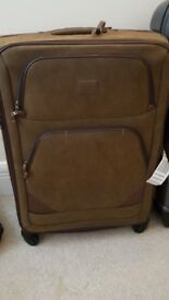 Cheap Suitcase! Hardly ever used!