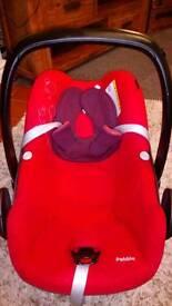 Maxi cosi Red baby car seat