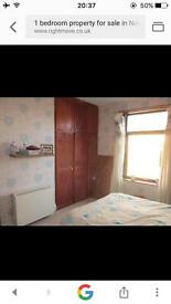 1 bedroom house to let Bd4 area.