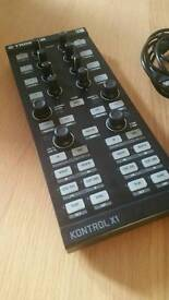 Native instruments ni x1 midi controller with official case