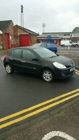 Renault clio, LOW miles, 18k only, long MOT