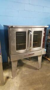 FULL SIZE CONVECTION OVEN ( MANUFACTURED 2012 )