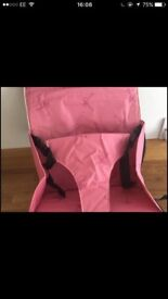 Children's booster seat, carry/mobile makes higher clean condition