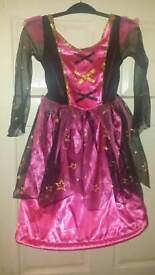 Witches costume age 5-6