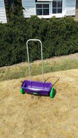 Westland Lawn Fertiliser Push Along Drop Wheeled Spreader