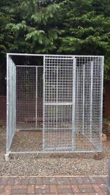 Brand new galvanised mesh kennel
