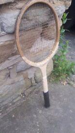Vintage / Retro Wooden Dunlop Tennis Racket Rackett Cream Red