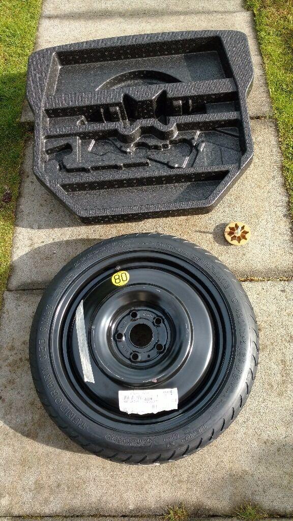 audi spare wheel kit genuine nissan qashqai 2014 spare wheel space saver foams tool kit tyre. Black Bedroom Furniture Sets. Home Design Ideas
