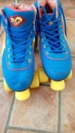 Size 5 rio retro style disco roller boots skates