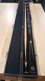Ronnie O'Sullivan 3 piece Snooker Cue, Hard Case and accessories