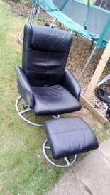 Black swivel Easy chair+stool
