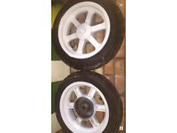 Moped wheels with good tyres