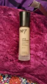 No7 lift foundation