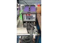 Parweld xtt202 AC/DC 200A Tig welder steel aluminum titanium