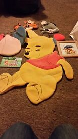 Winnie the Pooh wall hanging decorations & pictures