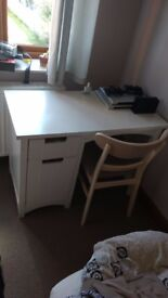 WHITE DESK WITH SET OF DRAWERS