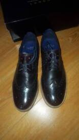 MossBros Fairfield Brogue Burgandy shoe Size 9UK