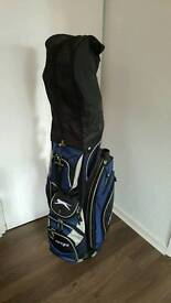 Golf club set, trolley and accessories