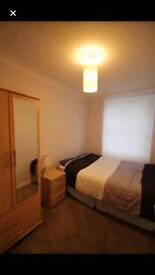 Double room in Syon lane / brentford