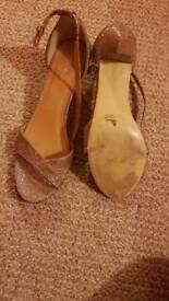 Women's sandles size 5