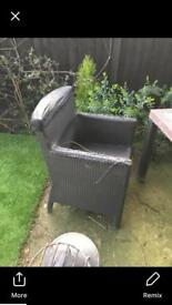 Free garden table and 4 chairs is a project