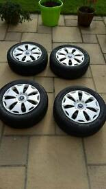 """4 xb 16"""" steel wheels with tyres/ FORD"""