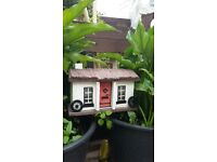 HANDMADE COTTAGES AND HOUSES