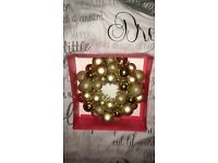 Gold christmas wreath *new*