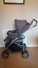 Mama's and papa's travel system