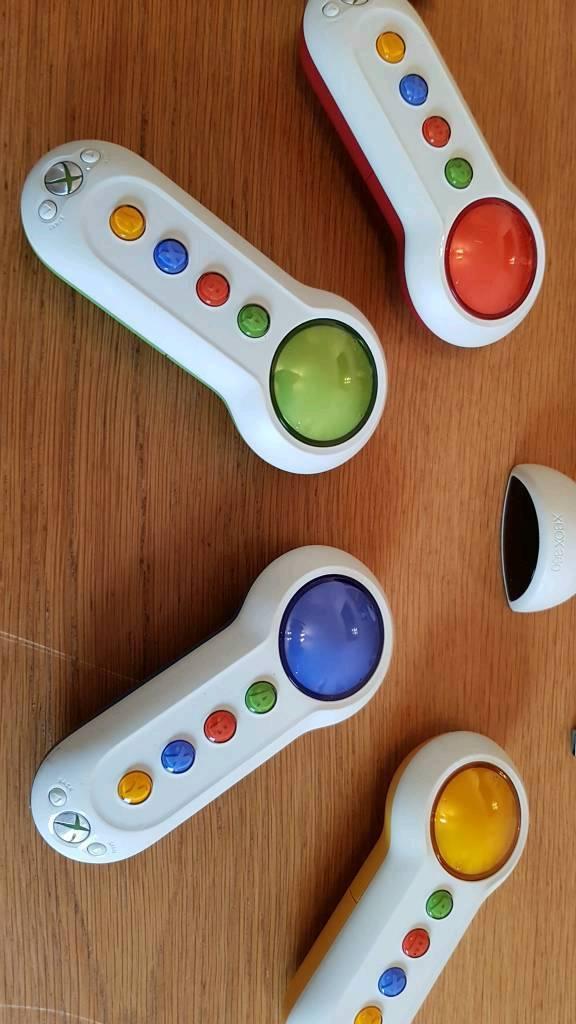 Xbox 360 wireless buzzers (scene it)