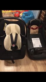 Car seat and base vgc been in no accidents must see