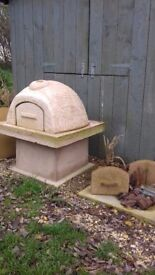 Pizza oven dome barbecue earth oven