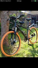 Specialized Rockhopper mountain bike w/ hydraulic disc brakes