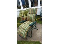 Recliner garden chair & cushion