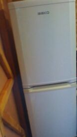 BECO FRIDGE FREEZER