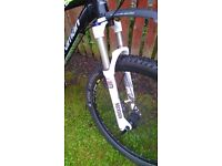Boardman Drc 650b Mountain bike. Hardtail. With 120 Rockshox air suspension with dampers.