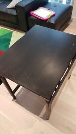 Black extendable dinning table