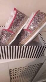 Girls/adults Kurt Geiger sand shoes size 3