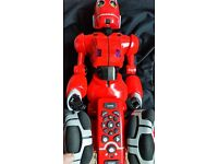 Robosapien Tribot Full Function Fast Moving Remote Control Toy Robot