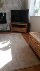 Tv unit solid oak new condition