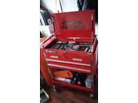 Snap-On Racing tool box tool and parts trolley on wheels all lockable red full of tools