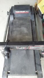 Electric Treadmill York Pacer 2750