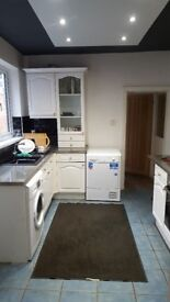 RENT a Double Bedroom, HMO, all inclusive FREE WiFi £90.00-£100per week, RUGBY CV22 Area