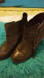 As new river Island boots