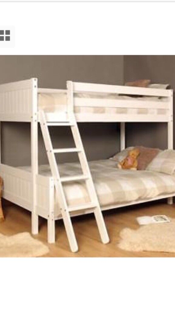 White Triple Bunk Bed 3ft At Top And 4ft At Bottom In Canning Town