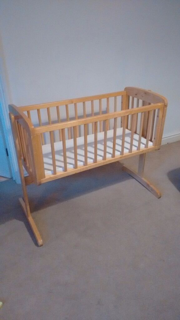 Mothercare Swinging Crib, free delivery in Oxford