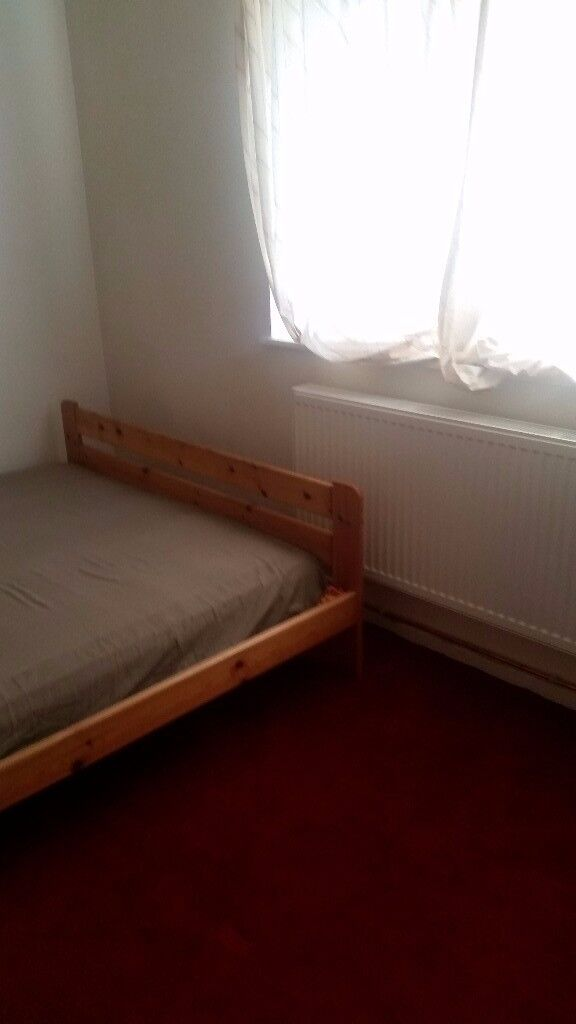 Large Room in Abbey wood