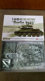 Trumpetet /Bronco /Dragon /Academy 1/35 ww2 tanks & tracks