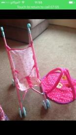 Small toy buggy and play mat