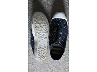 NEXT GIRLS DOTTY NAVY PUMPS JNR 2